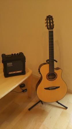 アコースティックギター(スタジオB)