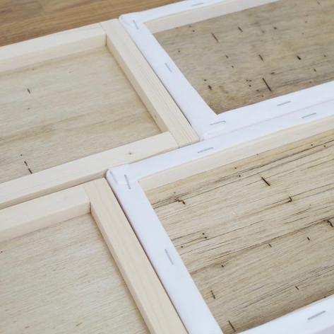 木製ボードのため風合いが異なります。