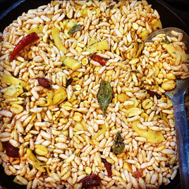 Kadale Puri Vaggarne - Turmeric infused Spicy Nutty Puffed Rice - Snacks (Kalle Puri)