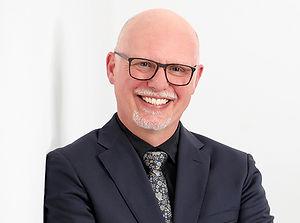 Walter Menet Business Portrait