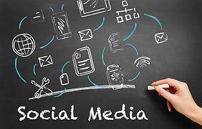 13 ARK-Systems Film Social Media AdobeSt