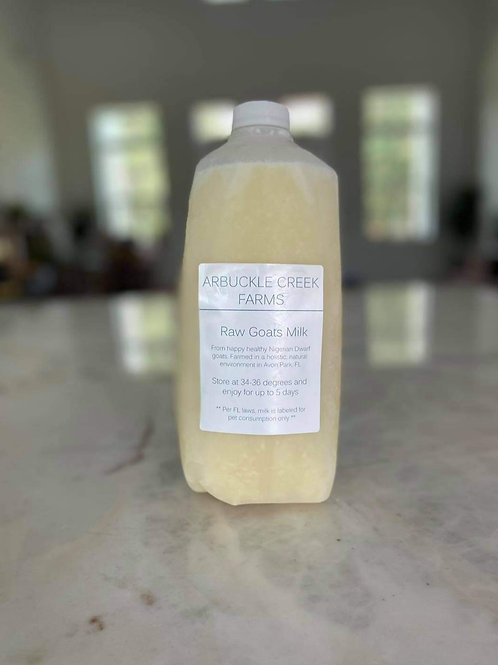 Raw Goats Milk
