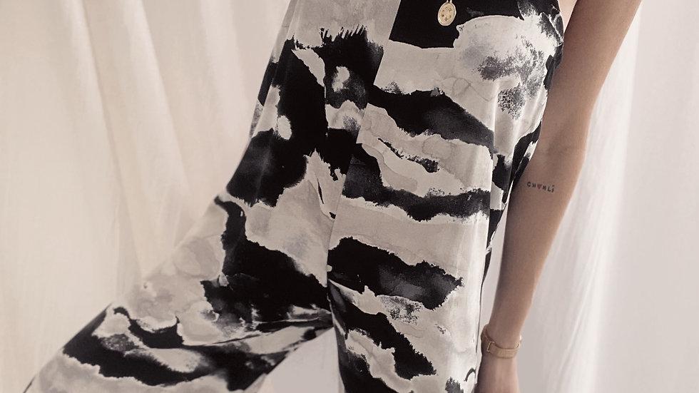 Mono Juana / Black & White