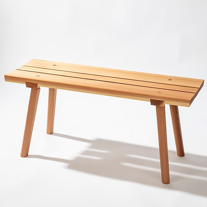 Wooden garden bench with beveled seat boards made of cedar wood