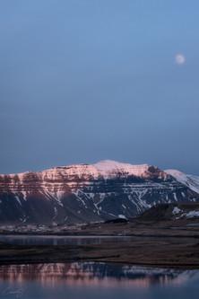 IcelandTownOT.jpg