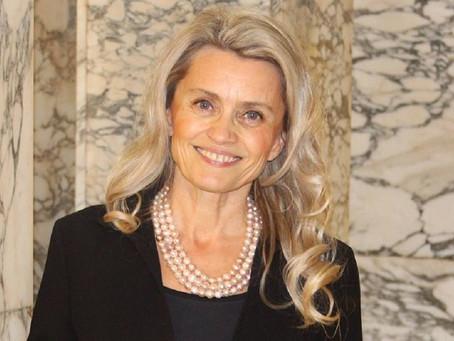 """Deputada finlandesa é processada por """"discurso de ódio"""" ao defender o casamento tradicional"""