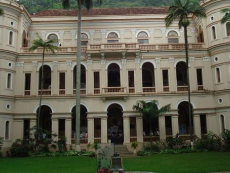 Ministério Púbico do Rio de Janeiro processa colégio Católico.