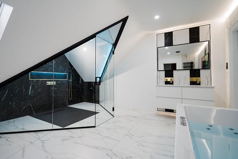 109VictoriaGate-bathroom.jpg