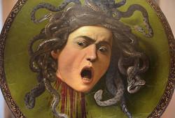 Medusa_by_Caravaggio,_1597,_Galleria_degli_Uffizi_(21810229096)