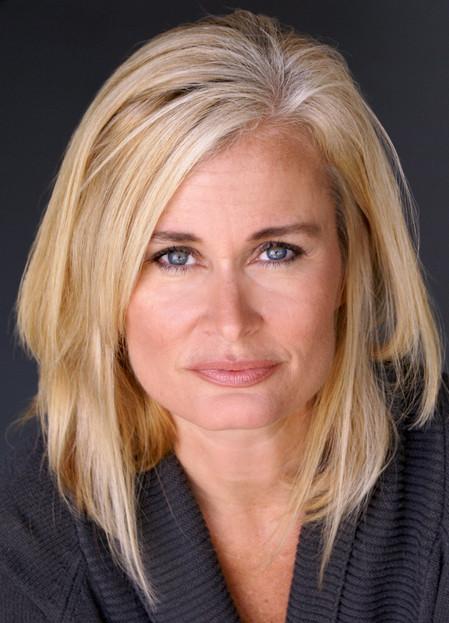 Gina Travis
