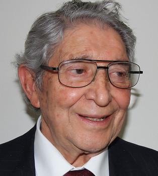 Lic. Guillermo Caropresi