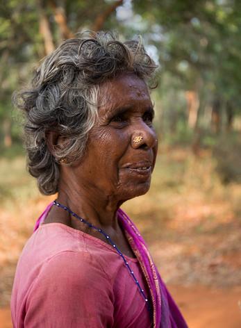 Bergère à Auroville