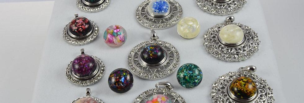 Snap button pendants