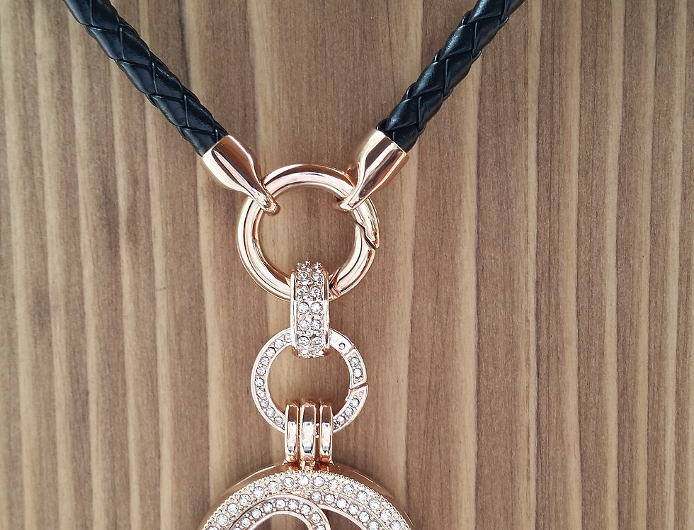 Mio Mi 25mm Pendant on leather cord