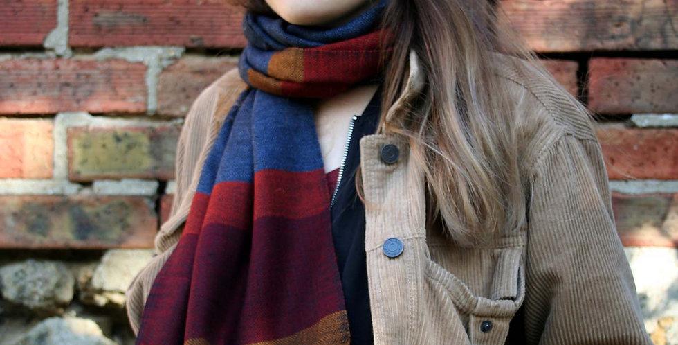 Echarpe en laine de l'Himalaya couleur bleu jean