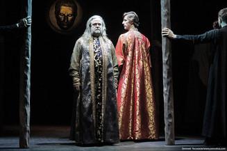 Грымов вернул Цезаря на театральную сцену