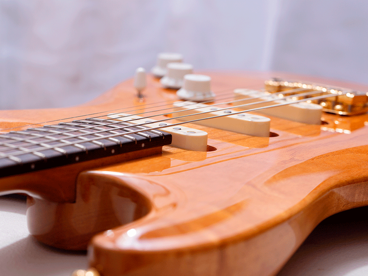 Carved-Tribute-Strat.png