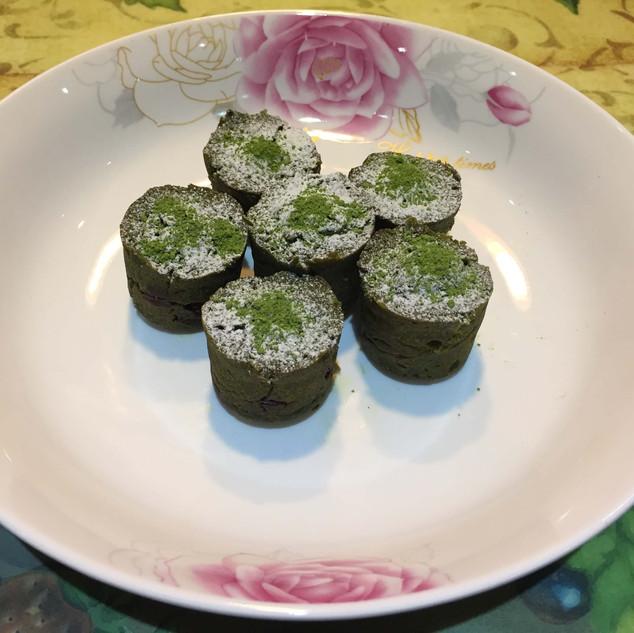 Organic Matcha Bouchon Cake (Matcha)