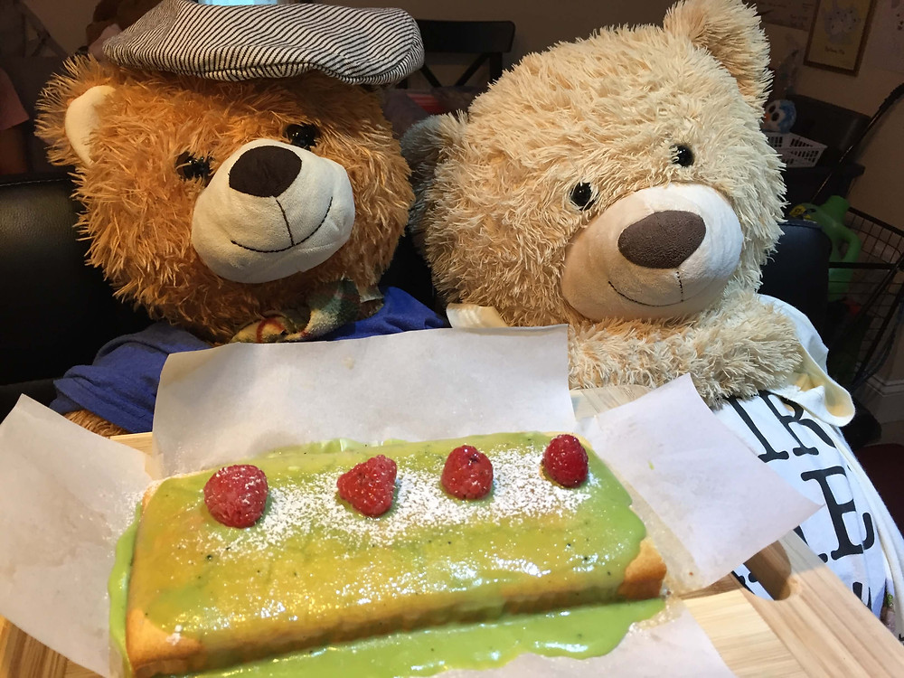 Junior and Mr.Spongy are making Gluten free cake with Matcha white chocolate.Topping part is raspberry.