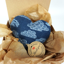 hearts-night clouds-gift