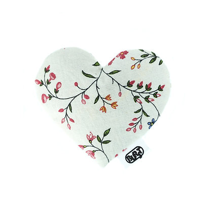 i love flowers (recycled) Scented Hearts - refillable