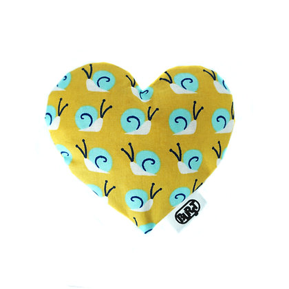 snail attack (organic cotton) Scented Hearts - refillable