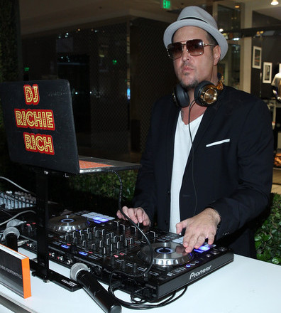 DJ Richie Rich Beverly Center Show Style Challenge DJ Services By The Beautiful Models At Your Event in Los Angeles County Call 949-374-7258