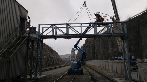 bridge installation 004 (1).jpg