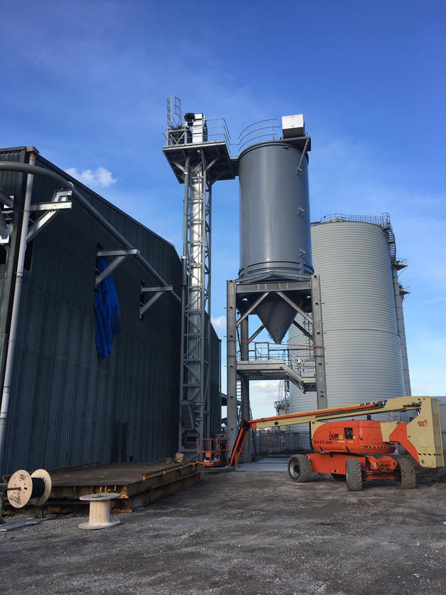 CEMENT FLAT STORE AND TANKER LOADING 2