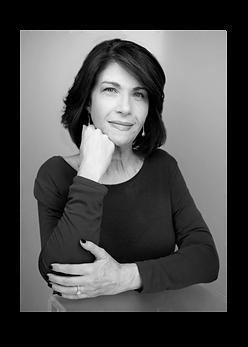 Headshot of author Lise Deguire