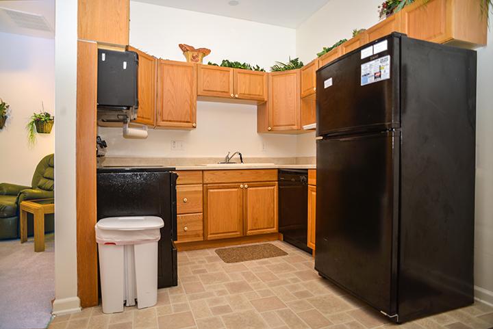 616 B - kitchen