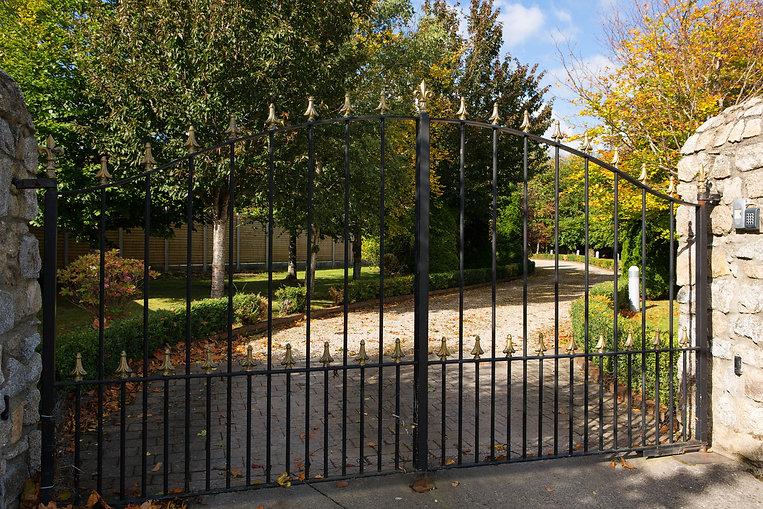 Westfield_15_gates.jpg