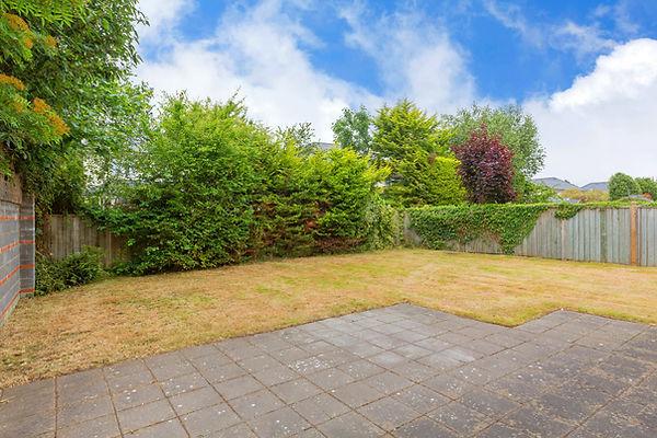 6TheDale_10_garden.jpg