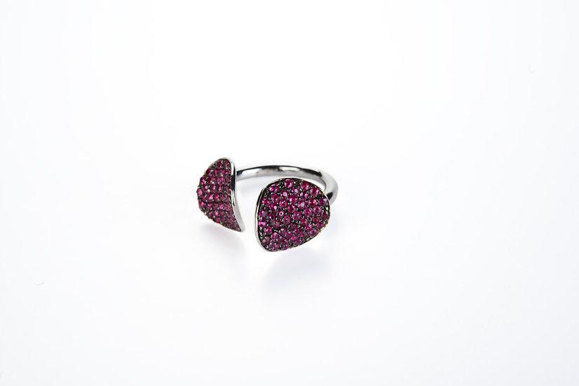Anello aperto con petali di pavè di rubini