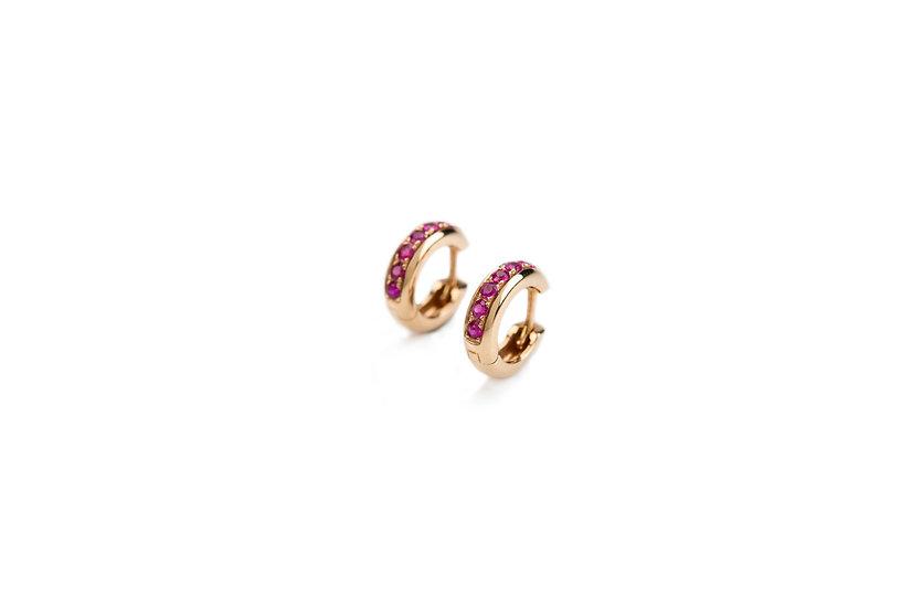 Piccoli cerchi in oro rosa e rubini