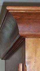 Armoire en pin à 2 ventaux