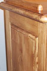 Table à langer en pin avec chip carving