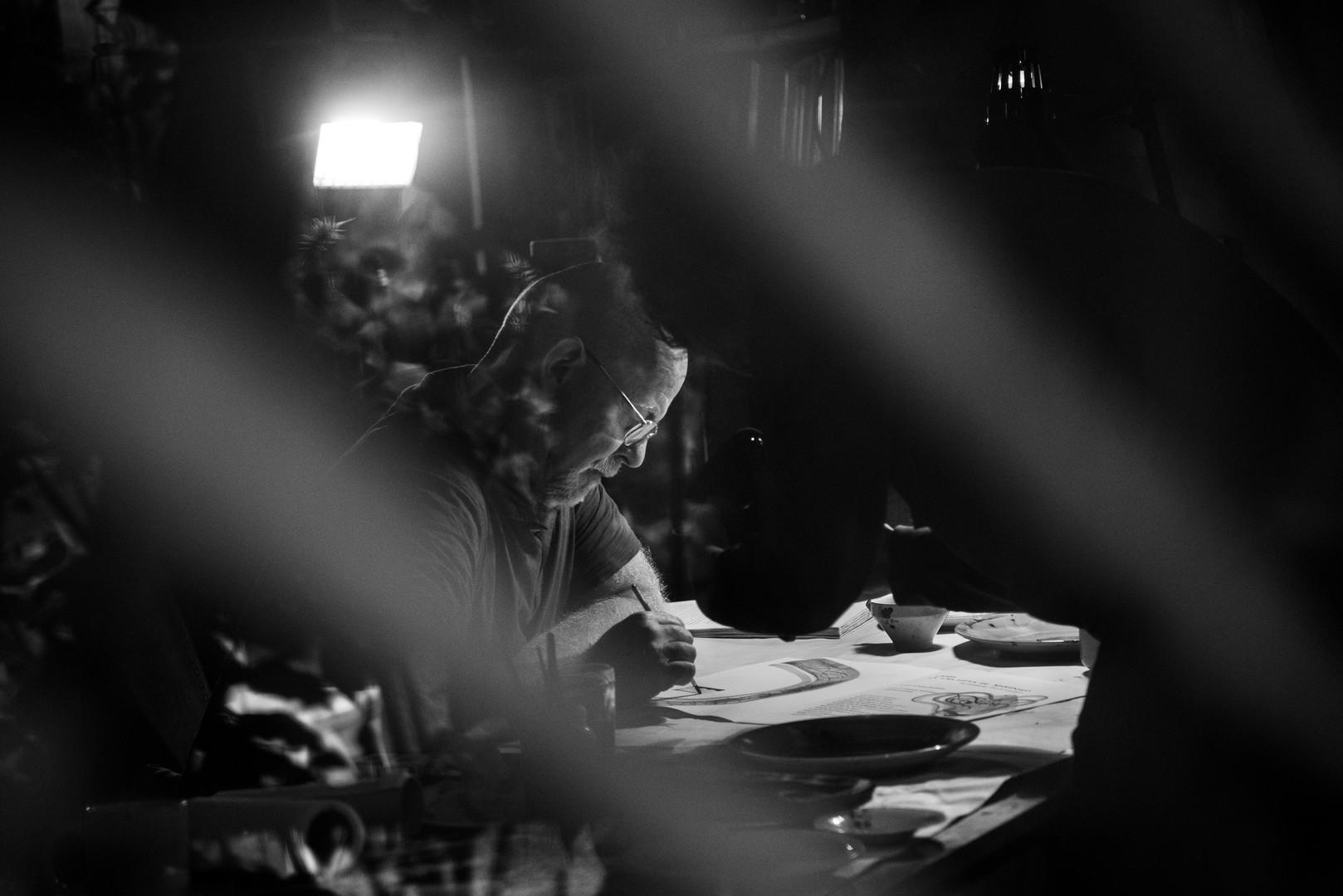 Mariano Cornejo en su taller, Provincia de Buenos Aires