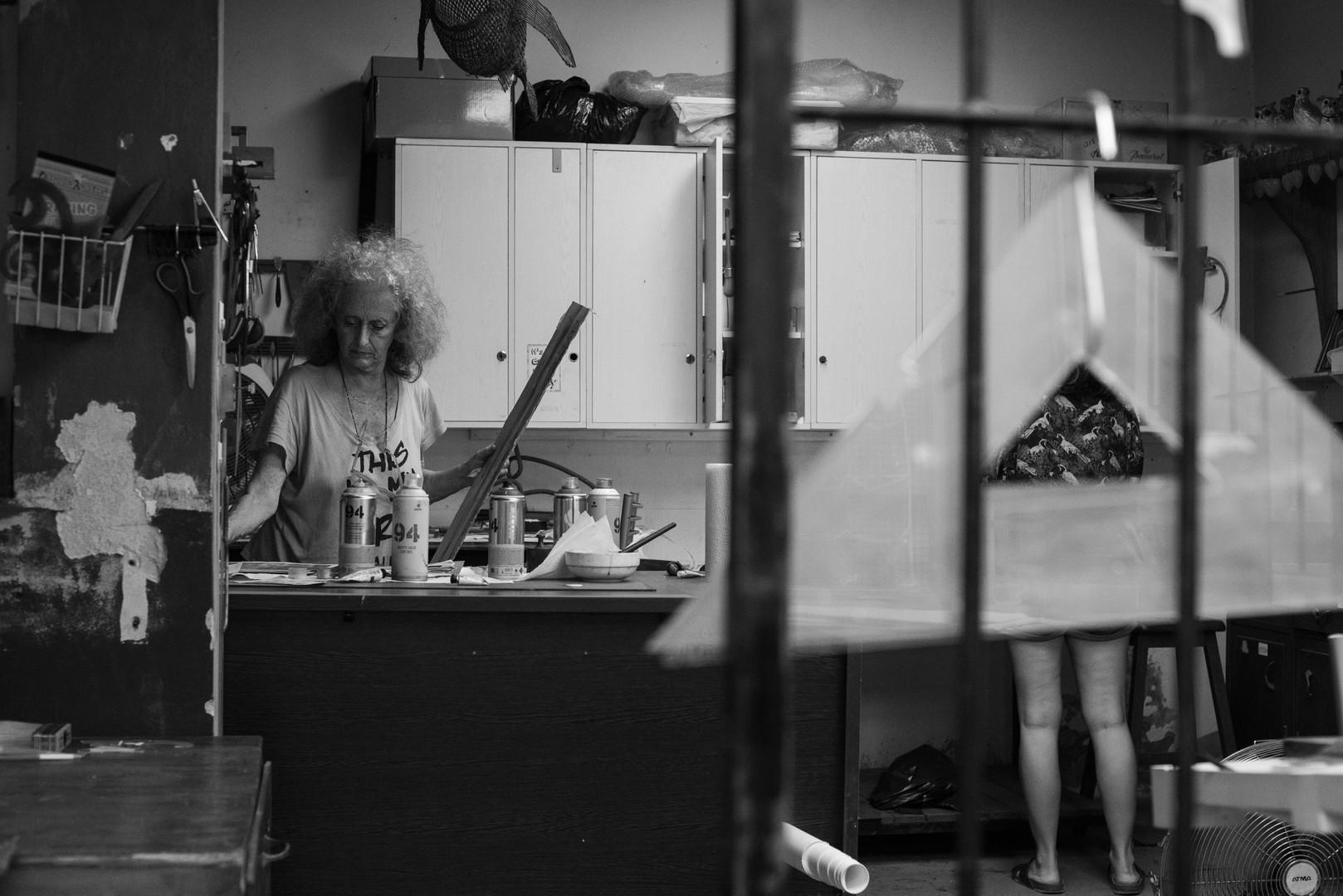 Gabriela Aberatury en su taller, Ciudad de Buenos Aires