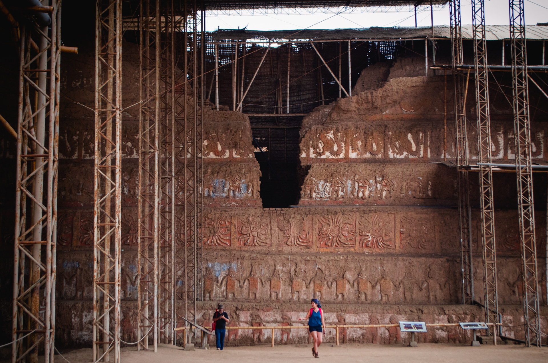 Templo de la Luna, Cultura Moche, Perú.