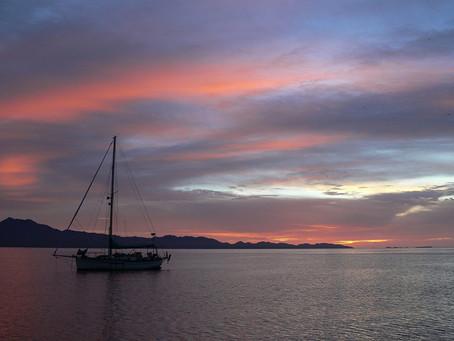 En mer de Cortés ~ De la Caleta San Evaristo à la Punta  Nopolo