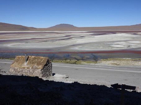 Atacama ~ La Laguna Colorada au coucher du soleil