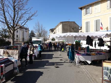 Un marché provençal à L'Isle sur la Sorgue