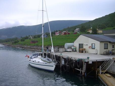 Chez les Vikings ~ À la voile d'Hennes à Gullvik