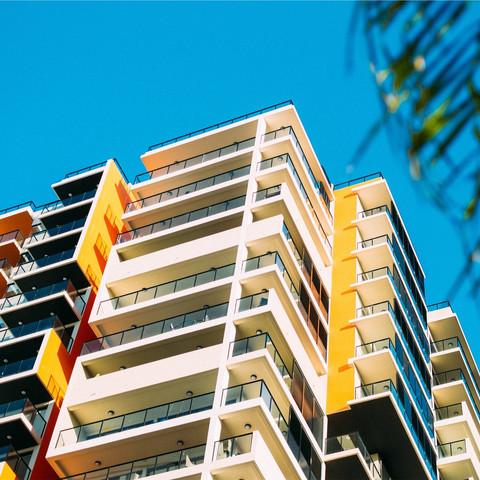 Apartment / Mansion