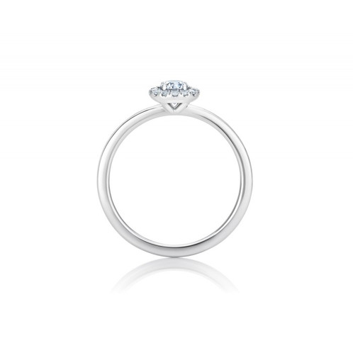 a3bbdb7c3de9c6 The My First De Beers Aura Solitaire ring captures the radiant energy of the  De Beers Aura Diamond Engagement ring in a smaller, petite design.
