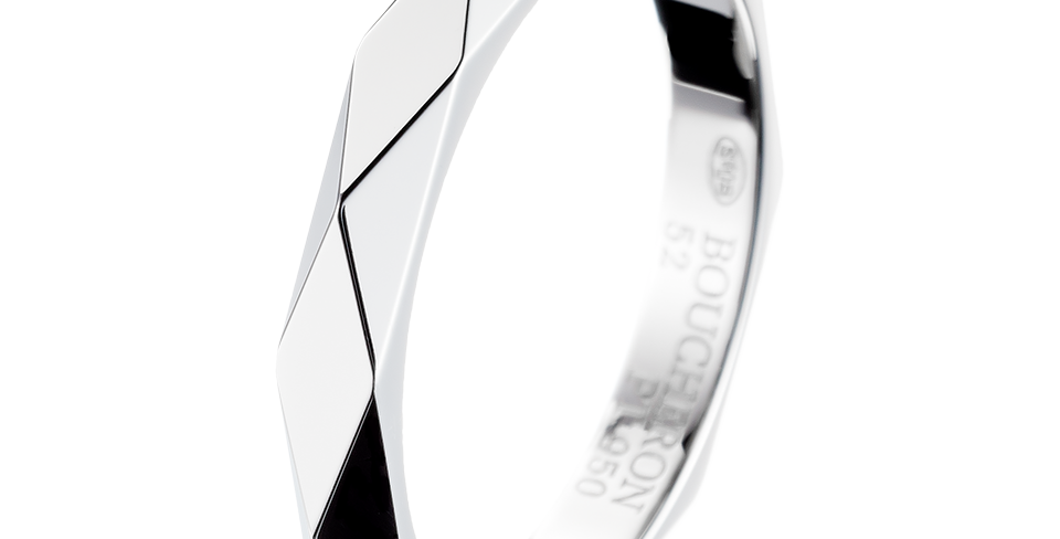 Boucheron Facette Platinum Wedding Band