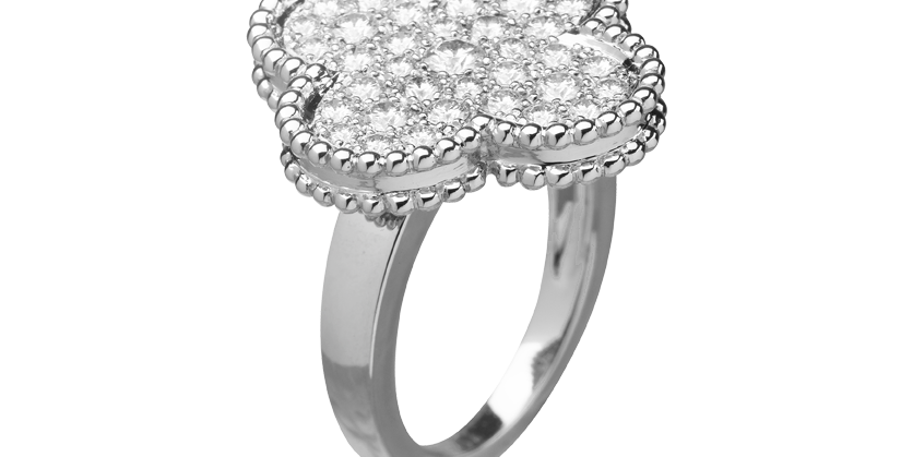 Van Cleef & Arpels Magic Alhambra ring