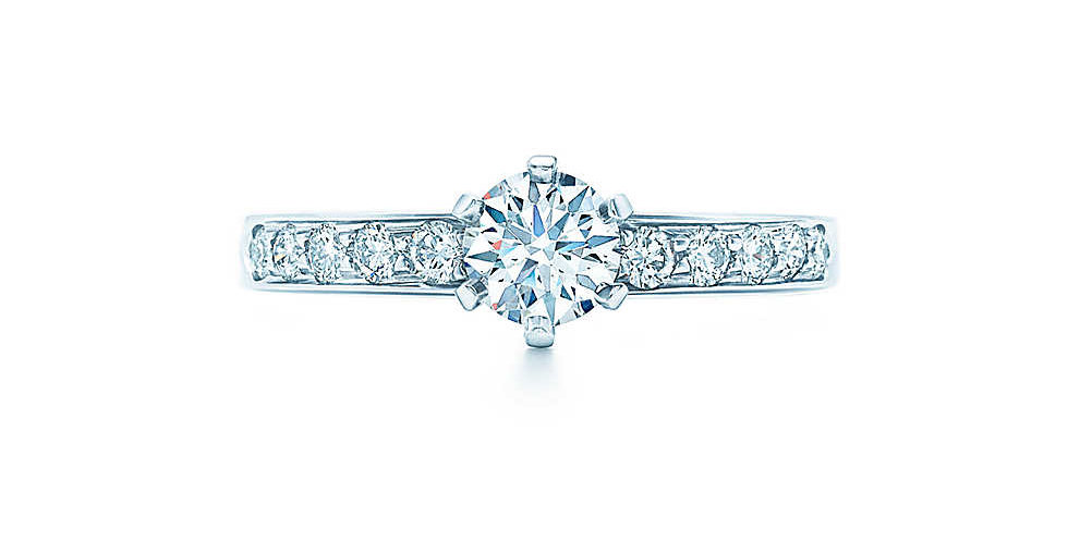 THE TIFFANY® SETTING with Diamond Band