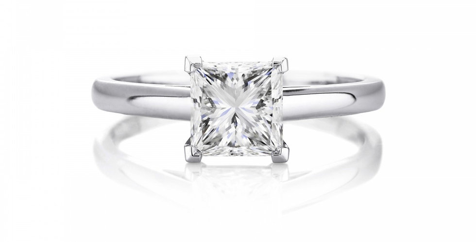 DB CLASSIC PRINCESS CUT SOLITAIRE RING
